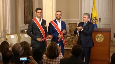 En video | Cabal y Farah recibieron Gran Cruz de la Orden Nacional al Mérito