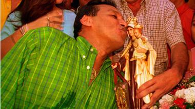 Diomedes Díaz era un ferviente devoto de la Virgen.