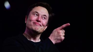 Elon Musk anuncia progresos de interfaz para conectar cerebro y computadoras