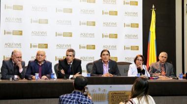 Oposición presenta proyecto para prohibir el uso del glifosato en el país