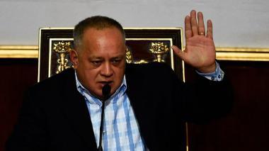 Diosdado Cabello denuncia matanza de campesinos por presuntos paramilitares colombianos