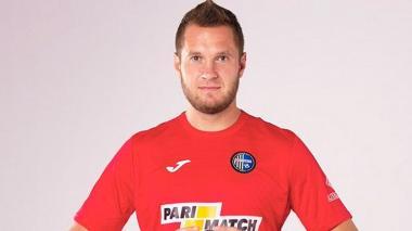 UEFA suspende 10 partidos a jugador ucraniano por racismo