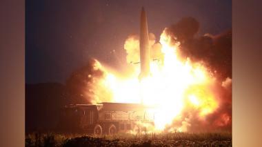 """Corea del Norte dispara """"proyectiles no identificados"""""""