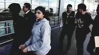 En video | Migración Colombia expulsa a venezolanos de una banda dedicada al robo en Transmilenio