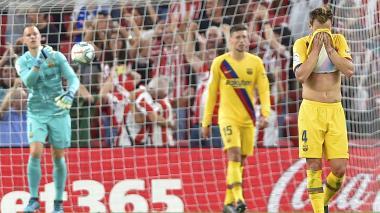 Barcelona abre la Liga Española con derrota en Bilbao y lesión de Suárez