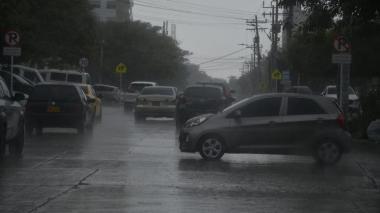 Fuerte lluvia cae en diferentes sectores del norte y sur de Barranquilla