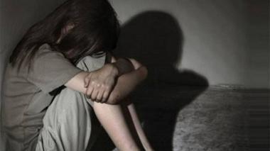 Menor habría sido abusada por hermano y su hermanastro