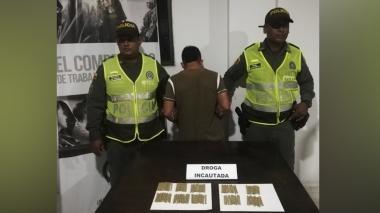 Lo capturan con 100 cigarrillos de marihuana en Usiacurí