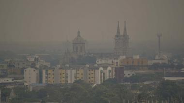 Una densa nube de humo se posó durante dos días en diferente sectores de Barranquilla.