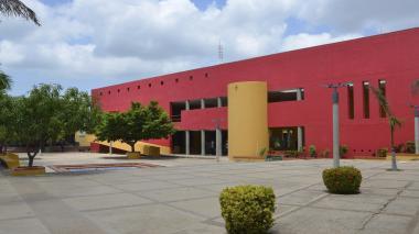 Fachada de la Uniguajira.