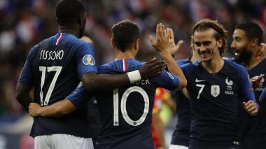 Favoritas Francia, Portugal e Inglaterra avanzan con paso firme a la Eurocopa