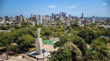 Vista panorámica del parque Sagrado Corazón, ubicado en el barrio Ciudad Jardín de Barranquilla.