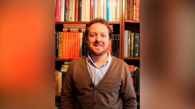 Juan Esteban Constaín presenta libro dedicado a Álvaro Gómez Hurtado