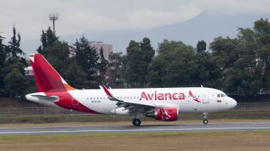Avión de Avianca desvía vuelo a isla portuguesa para atender problemas de salud de una pasajera