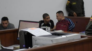 Los capturados por el doble homicidio en la sala de audiencias.