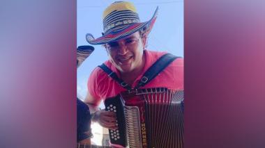 Acordeonero fue a Perú en busca de fama y lo mataron