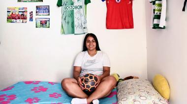 De delantera del Pasto a cajera en almacén: historia de una futbolista en Colombia
