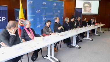 Familia de magistrado barranquillero Julio Andrade entrega informe a la JEP sobre lo ocurrido en el Palacio