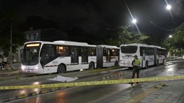 Adulto mayor muere arrollado por bus de Transmetro