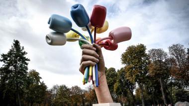 'Ramo de tulipanes', escultura inaugurada en París.