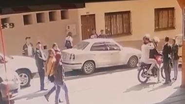 La excongresista Aida Merlano se subió en una moto y escapó el pasado martes.