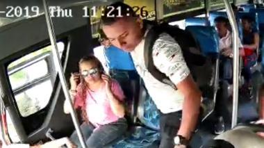 En video | Delincuentes siguen azotando los buses: nuevo atraco en Galapa