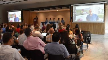 Aspecto del evento que realizó hoy el director del Invima en Barranquilla.