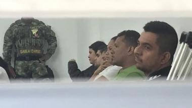Los supuestos miembros de 'Los Domiciliarios' durante la audiencia a puerta cerrada.