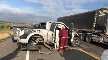 Camioneta accidentada.