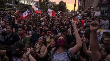 Más de un millón de personas coparon el viernes las calles de Chile, exigiendo reformar el sistema económico que consideran desigual.