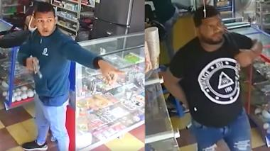 En video | Con una 'mona' parten vidrio de seguridad y se llevan el dinero de un Efecty