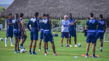 Julio Avelino Comesaña y sus dirigidos ya empezaron a preparar el partido de este domingo ante Nacional.