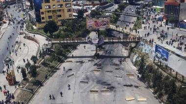 Seguidores de Evo Morales bloquearon vías en La Paz.