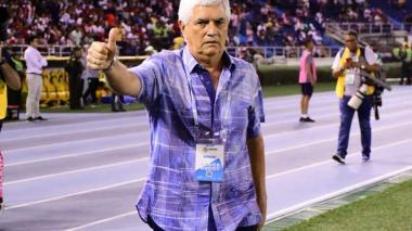 Julio Avelino Comesaña durante el partido.