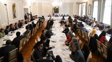 """Vista del quinto día de """"conversación nacional"""" entre el Gobierno Nacional y sectores sociales del país."""
