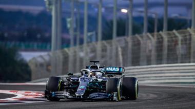 Lewis Hamilton, en acción durante el Gran Premio de Abu Dhabi que terminó ganando.