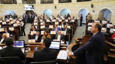 El paro nacional encendió la plenaria de Senado del lunes
