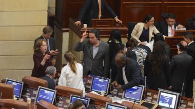 Tributaria: Cámara aprobó puntos que garantizarían subasta de Electricaribe en febrero