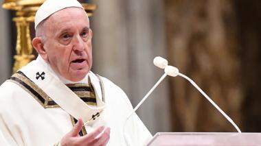 Papa invita en Navidad a amar al prójimo para cambiar el mundo