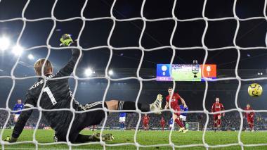 Liverpool aplasta a Leicester en 'Boxing Day' y es más líder en Inglaterra