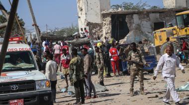 Atentado con carrobomba deja al menos 76 muertos en Somalia