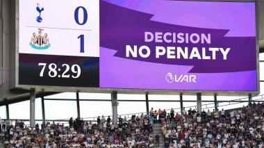 Nuevo método del VAR en la Premier League