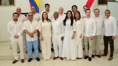 Juramentados los 14 diputados del Atlántico