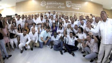 El alcalde Jaime Pumarejo, el secretario de Gobierno, Clemente Fajardo; el jefe de Participación Ciudadana, Deivi Cáceres, y los 75 ediles de Barranquilla.