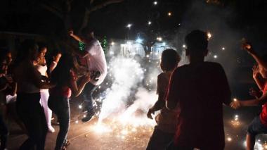INS advierte de aumento en cifra de quemados con pólvora en Colombia
