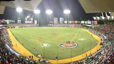 Vista del estadio Hiram Bithorn de San Juan (Puerto Rico), el escenario que albergará los juegos de la Serie del Caribe 2020.