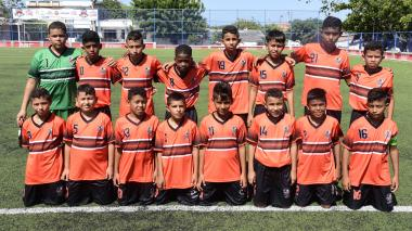 Integrantes de la Escuela de Fútbol Juventud 2000 de San Jacinto Bolívar que juega en Caribe Champions.