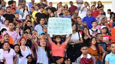 Consejo Académico llama a clases tras asamblea caótica