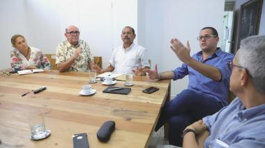Junta del Cari restringe las facultades al gerente