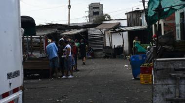 Asesinan de tres balazos a habitante de la calle en Barranquillita
